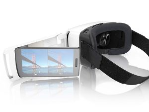 buy ZEISS VR ONE Plus Headset vs Samsung Gear Virtual Reality